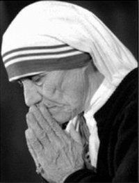 Mother Theresa Praying